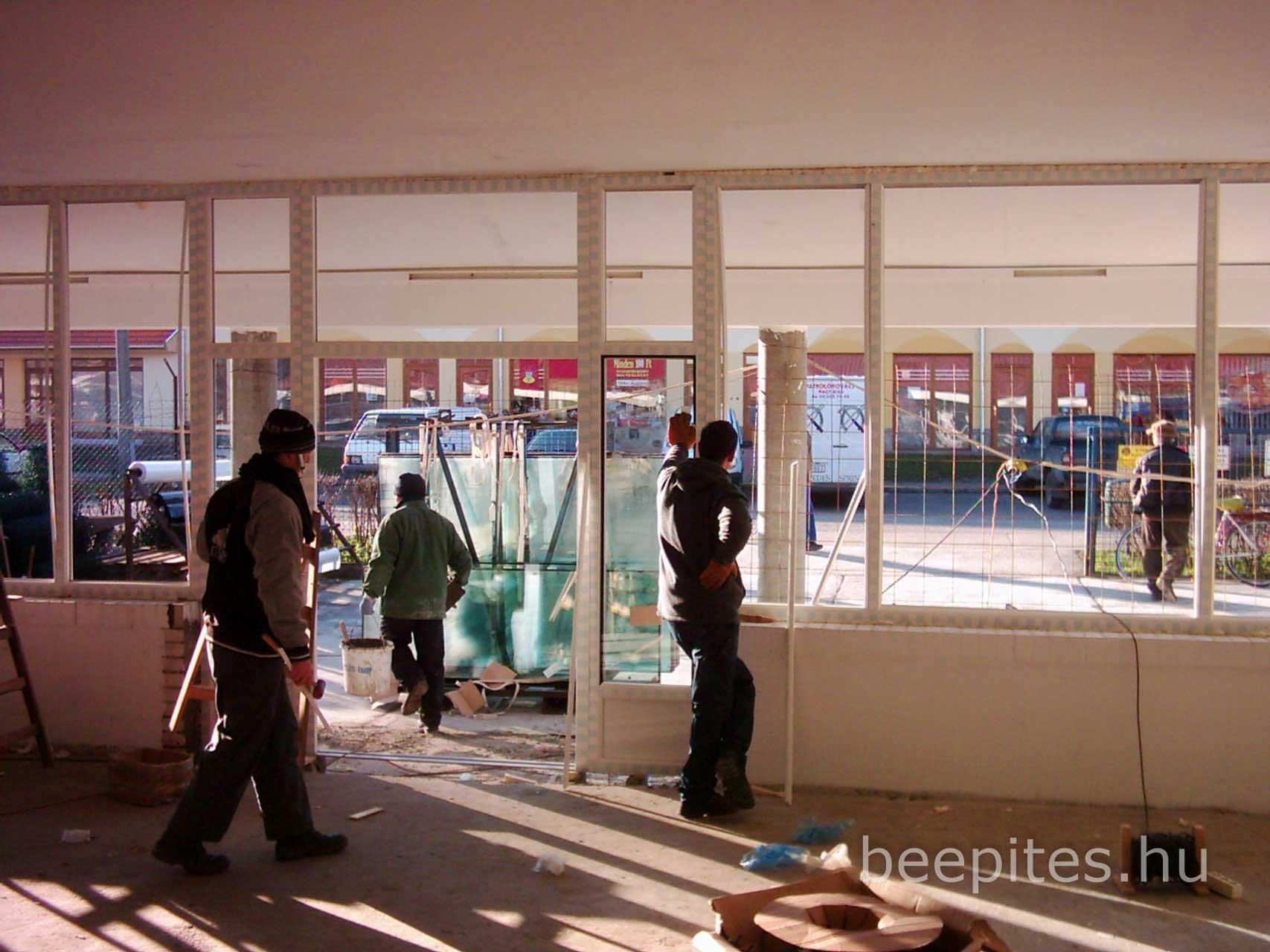 Nyílászáró, ajtó, ablak beépítés NAFA Kft.